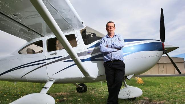 [Image: Cessna182.jpg]